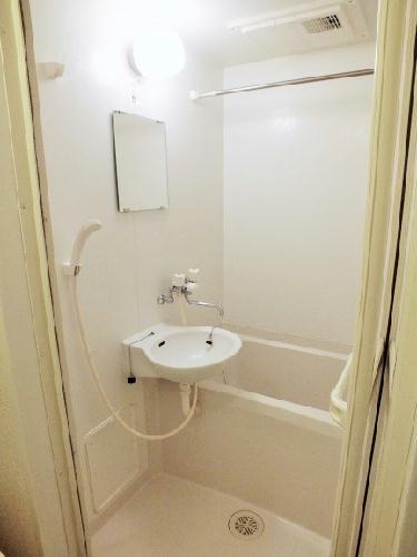 レオパレスWILL 203号室の風呂