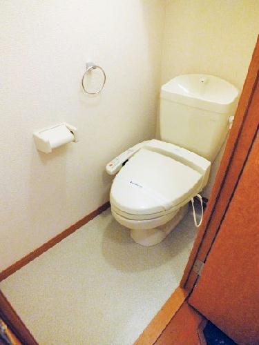 レオパレスWILL 203号室のトイレ