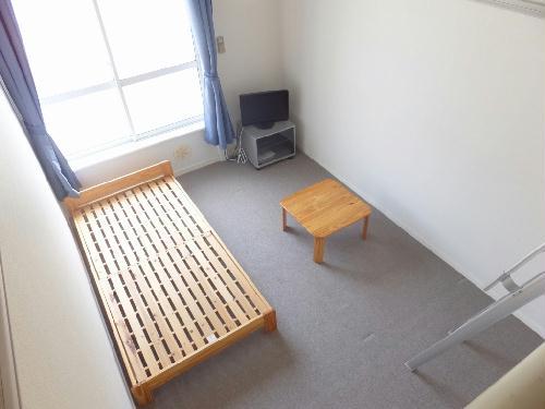 レオパレスエスパシオ 208号室の居室