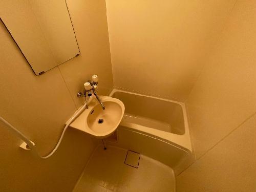 レオパレス今鹿島 101号室のキッチン