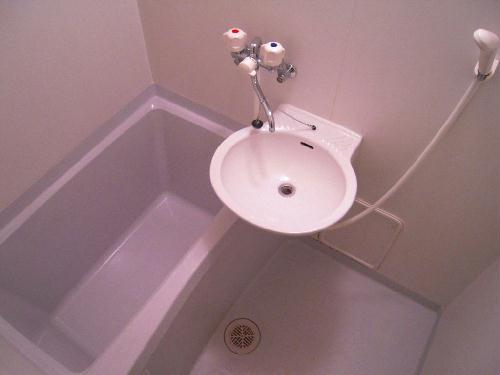 レオパレスひまわりA 203号室の風呂