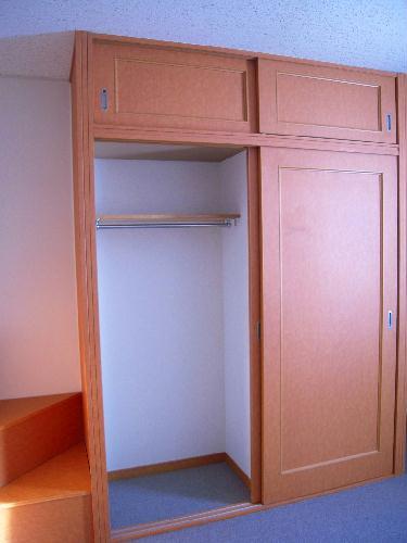 レオパレスひまわりA 203号室の収納