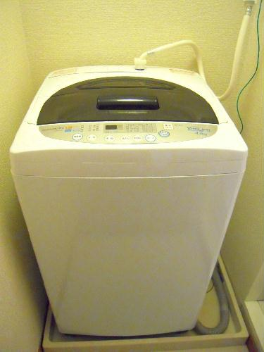 レオパレスY90 203号室の洗面所
