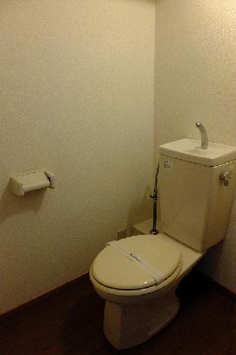 レオパレスゴールドクレスト 102号室のトイレ