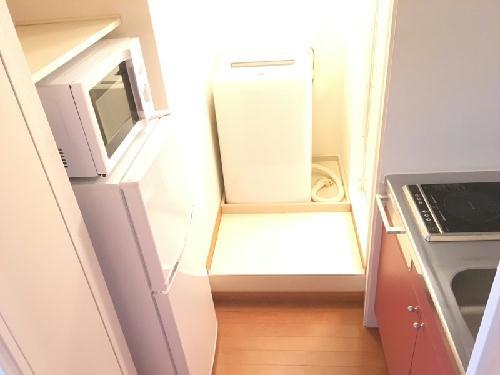 レオパレスラ・ポール 203号室のキッチン