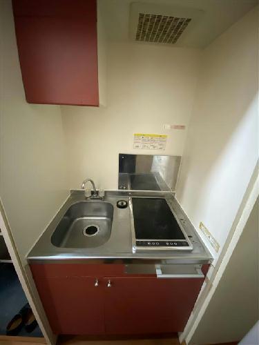 レオパレスROOST 105号室のキッチン
