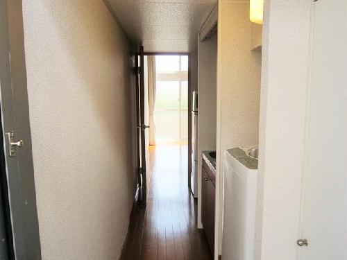 レオパレスシプレ 107号室の玄関