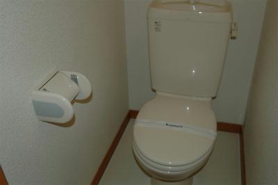レオパレスONE 209号室のトイレ