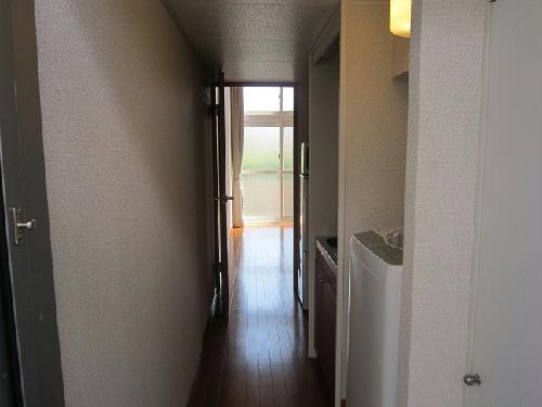 レオパレスグランデ瑞江 103号室の玄関