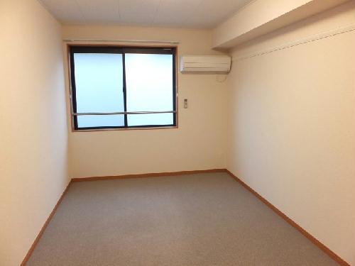 レオパレストサキ 203号室のリビング