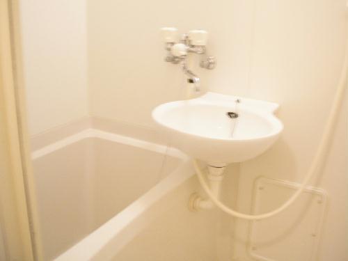 レオパレスeast MOAT 209号室の風呂