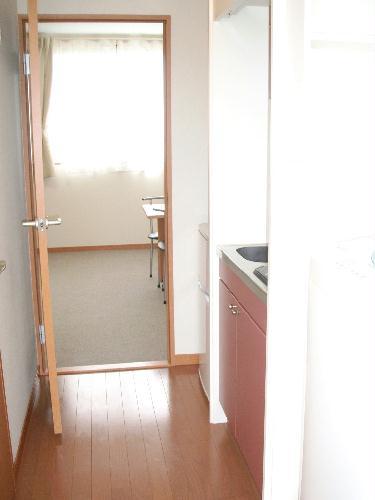 レオパレスeast MOAT 209号室の玄関