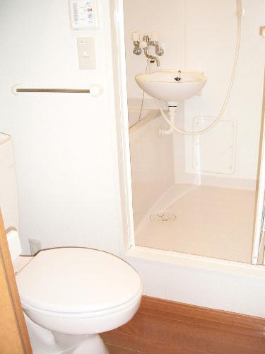 レオパレスeast MOAT 209号室のトイレ