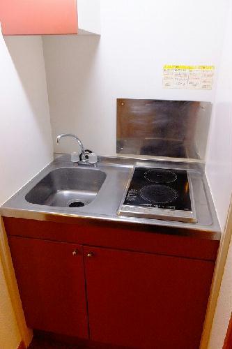 レオパレスオリーブハウスⅡ 103号室のキッチン