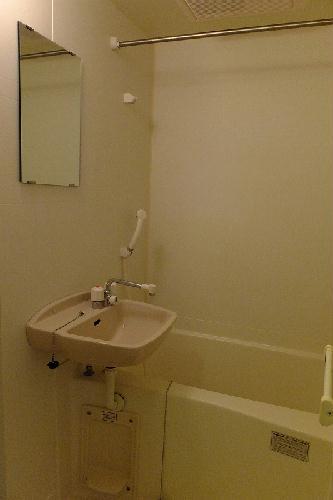 レオパレスオリーブハウスⅡ 103号室の風呂