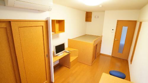 レオパレスマルイト3 108号室のキッチン