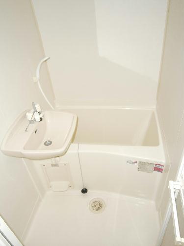 レオパレスみのり 101号室の風呂