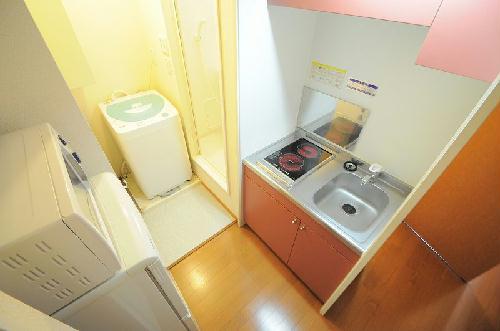 レオパレス大慶 201号室のキッチン