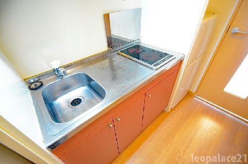 レオパレスβ 302号室のキッチン
