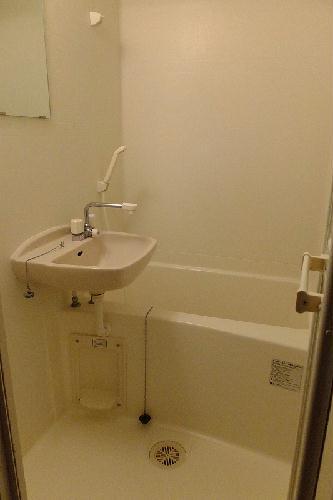 レオパレス谷原 201号室の風呂