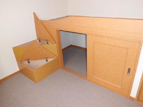 レオパレスカーサ笹下 201号室の収納