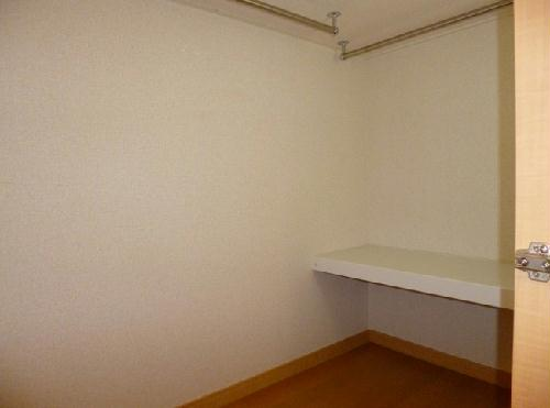 レオパレスCHACO 212号室の収納
