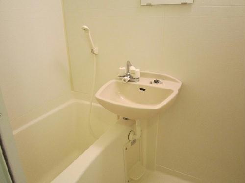 レオパレスダイヤパーク 102号室のキッチン