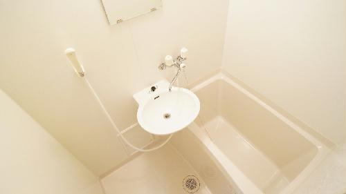 レオパレスけやき通り 103号室の風呂