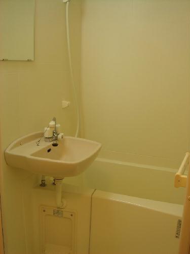 レオパレスダース ワン 106号室の風呂
