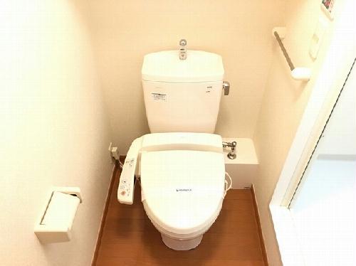 レオパレスSunsetRoom 204号室のトイレ