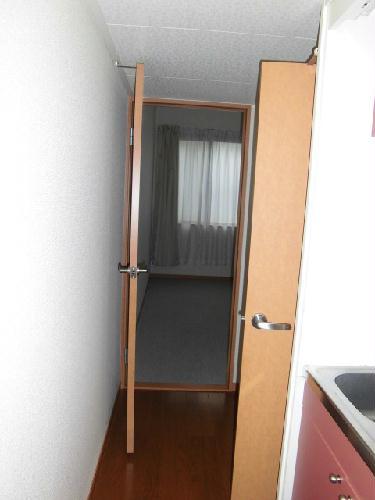 レオパレスソレーユ 202号室のリビング