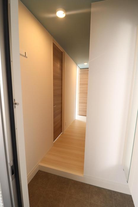 D-room藤崎 101号室の玄関