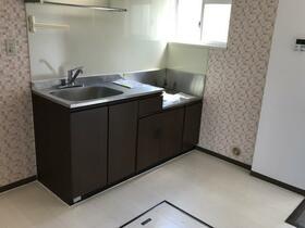 ベイサイドプラザ 102号室のキッチン