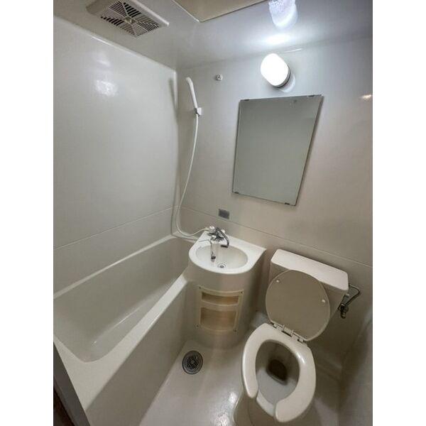 プレアール下原 105号室の風呂