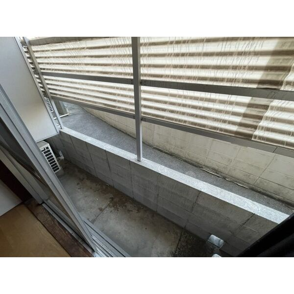 プレアール下原 105号室のバルコニー