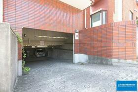 コンコルディア 202号室の駐車場