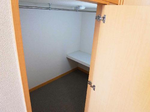 レオパレスサンヴィレッジ19 202号室の収納