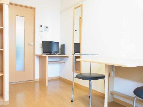 レオパレスサンヴィレッジ19 202号室のリビング