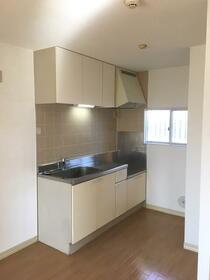 エバーグリーン 201号室のキッチン