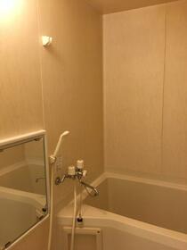 エバーグリーン 201号室の風呂