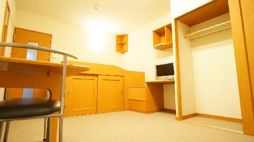 レオパレスソレイユⅡ 212号室のリビング