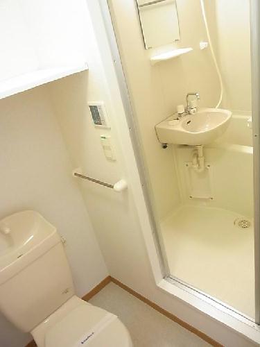 レオパレスドミール優 203号室の風呂