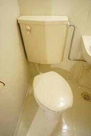 グリーンヒル西川口 107号室のトイレ