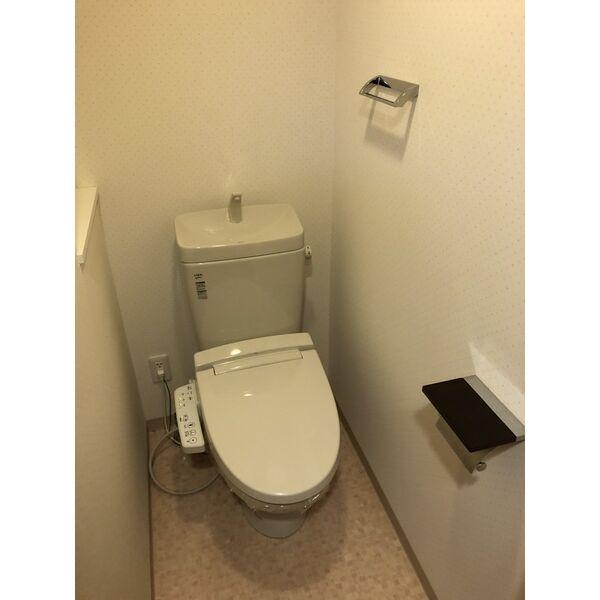 シティライフ本山東 107号室のトイレ