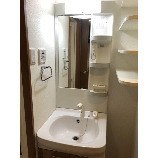 シティライフ本山東 107号室の洗面所