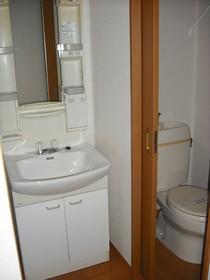 ユニオンF 202号室の洗面所