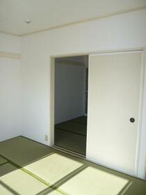 サンレピュート武内 201号室の収納