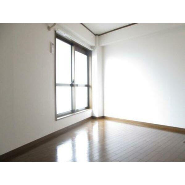 プレアール下新庄Ⅱ 405号室のリビング
