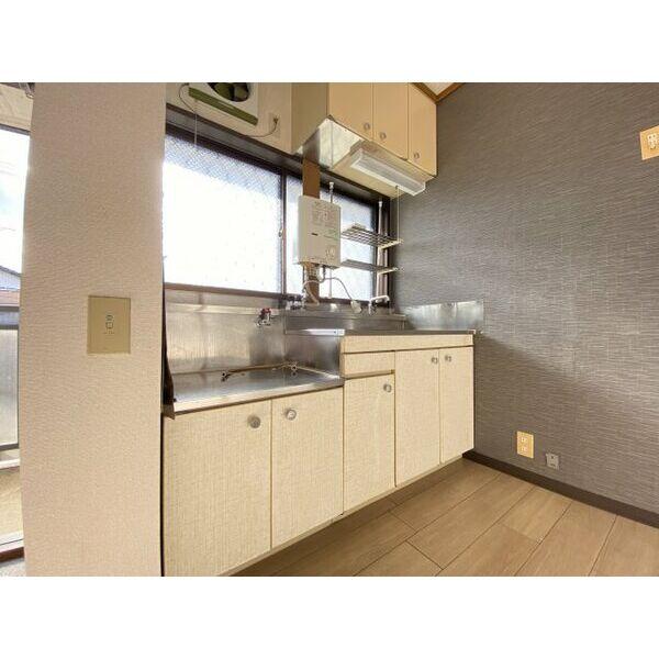 シティハイムサイバ 102号室のキッチン