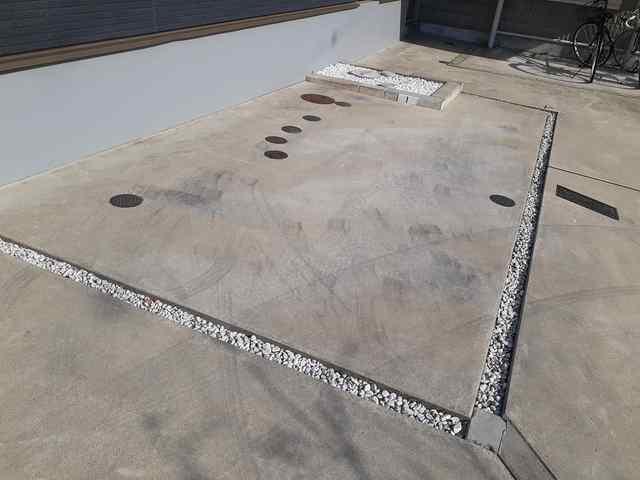 アロッジオ指月 02060号室の駐車場